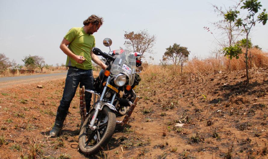 A friendly crossing into Malawi